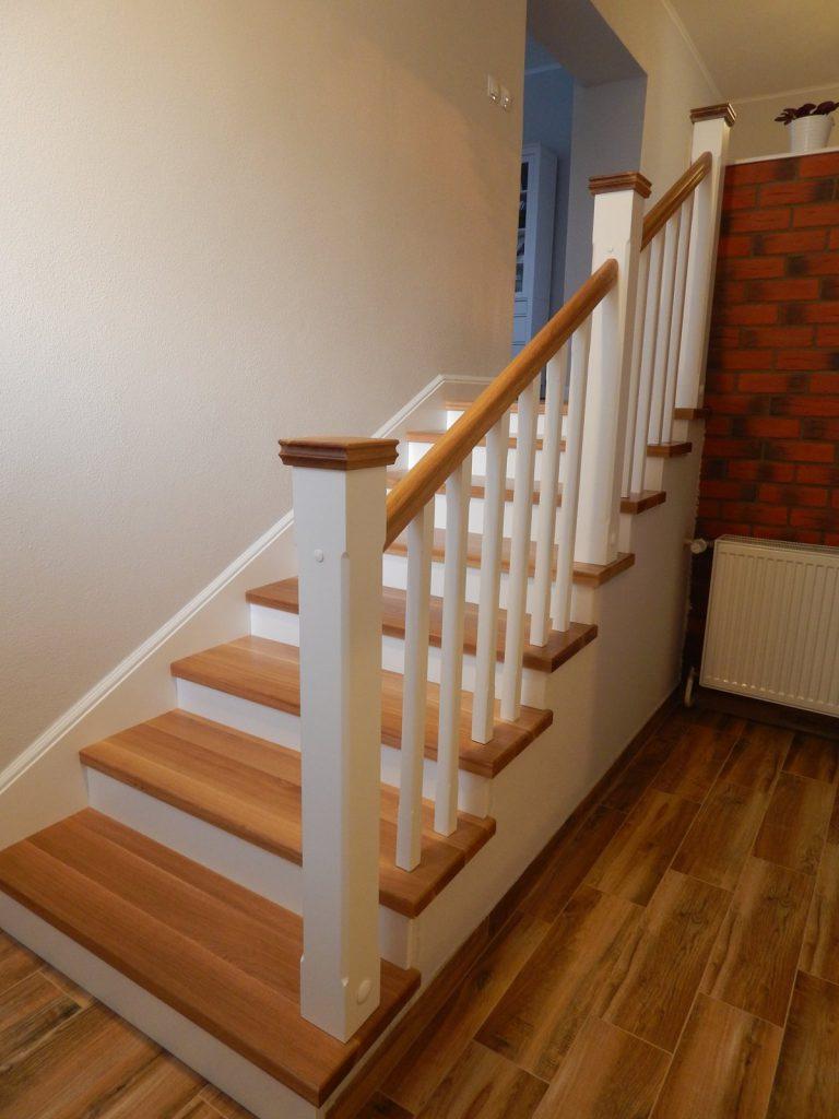 schody a zabradlia